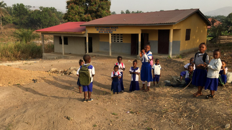 kinderen voor lagere school Macenta